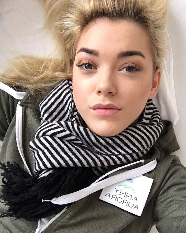 Anny Aurora Anal